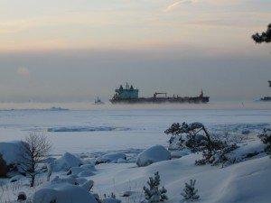 Vintertrafik till Sköldvik utanfö Emsalö